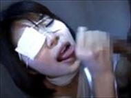 <無修正>眼帯と包帯をグ...