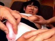 <巨乳動画>童顔の可愛い...
