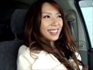 <無修正>波多野結衣 車の中でローター責めされ自慢のバキュームフェラでご奉仕するエロ可愛い美女