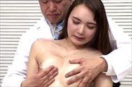 <人妻動画>健診にやって...