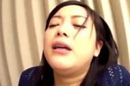 <人妻動画>素股だけと聞...