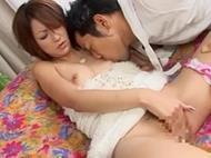 スレンダーで美巨乳な松島...